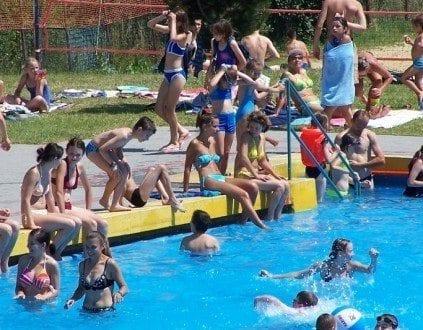 Zespół Basenów Kąpielowych w Ropczycach (fot. RCSiR Ropczyce)