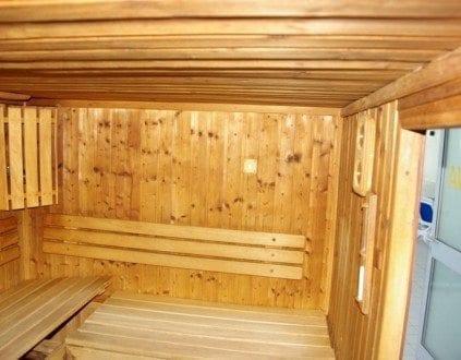 Basen Delfin Namyslow Sauna