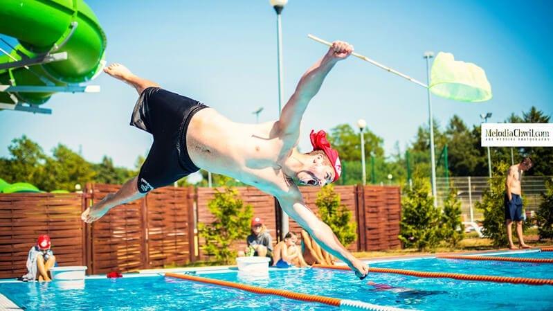 Pływamy w roku szkolnym i pływamy też na wakacjach - Human Sport