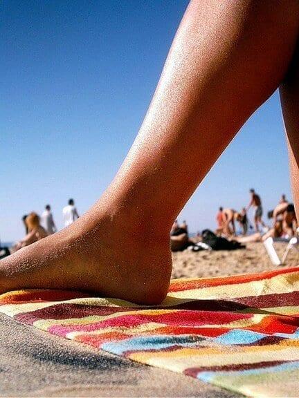 Jaki ręcznik na basen, plażę i do sauny