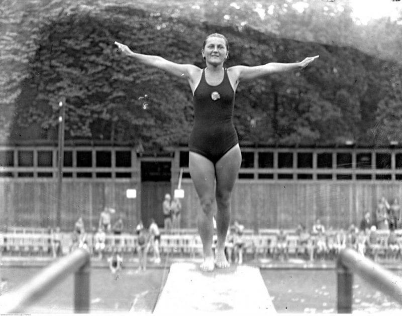 Skoki pływackie - krótki przegląd skoków sportowych