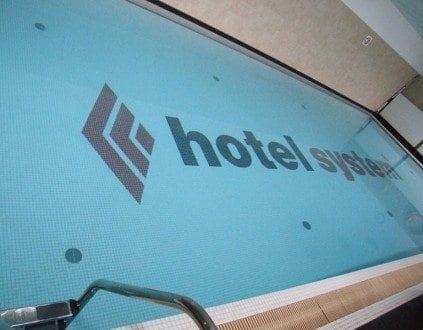 Basen Hotel Silesian, źródło:http://www.aqua.katowice.pl