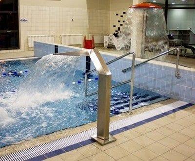 Kryta Pływalnia GOSiR Osiecznica, źródło:http://www.gosir-osiecznica.pl