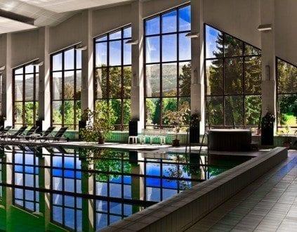 Basen Hotel Bornit, źródło:http://www.interferie.pl