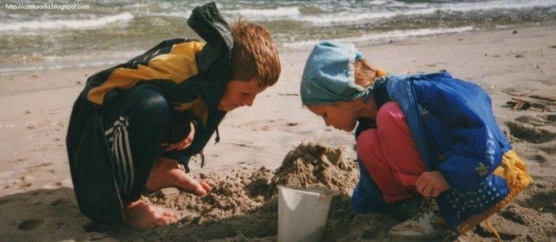 bezpieczeństwo dziecka na plaży