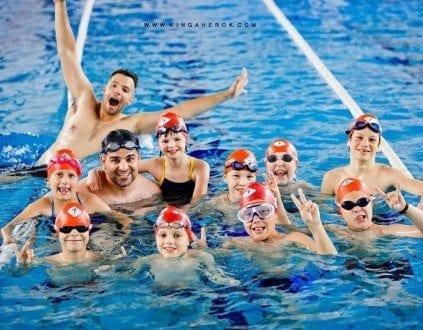 Nauka Plywania Dla Dzieci Na Plywalni