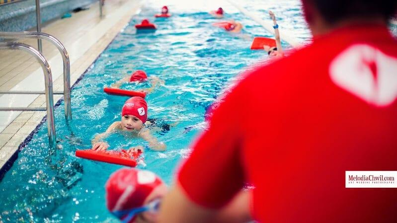 nauka-plywania-w-roku-szkolnym