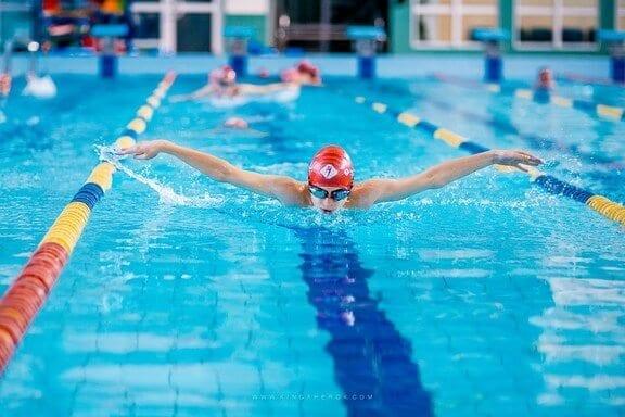 nauka-i-doskonalenie-plywania-dla-dzieci